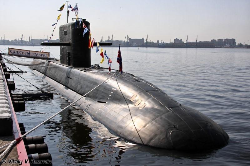 Tàu ngầm phi hạt nhân lớp Lada dự định thay thế Kilo nhưng bất thành. Ảnh: Vitaly V.Kuzmin