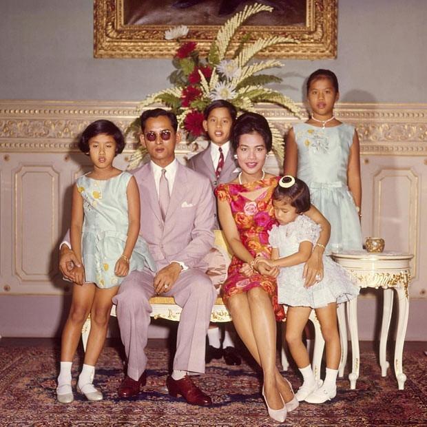 Bhumibol Adulyadej - trai tim, linh hon cua nguoi dan Thai hinh anh 8