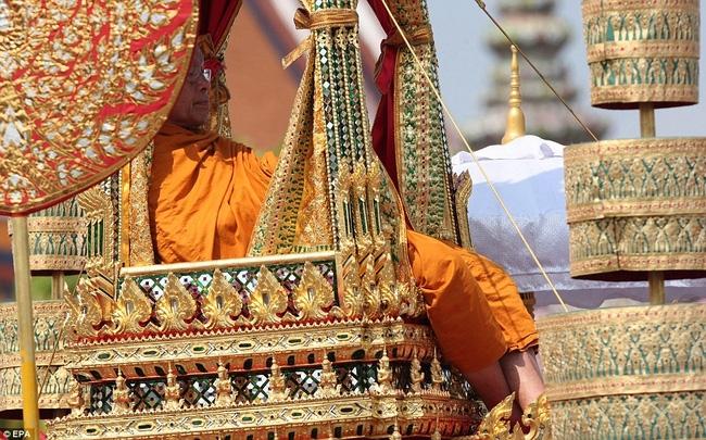 Đám tang hoàng gia Thái Lan có thể sẽ được tổ chức như thế nào? - Ảnh 2.