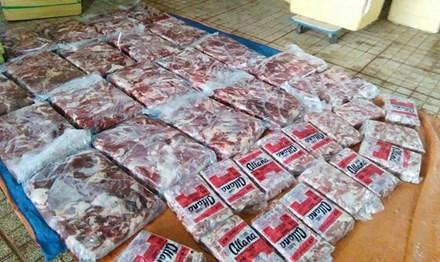 Thịt heo, thịt trâu tẩm hóa chất biến thành thịt bò bị lực lượng chức năng phát hiện tại TPHCM.