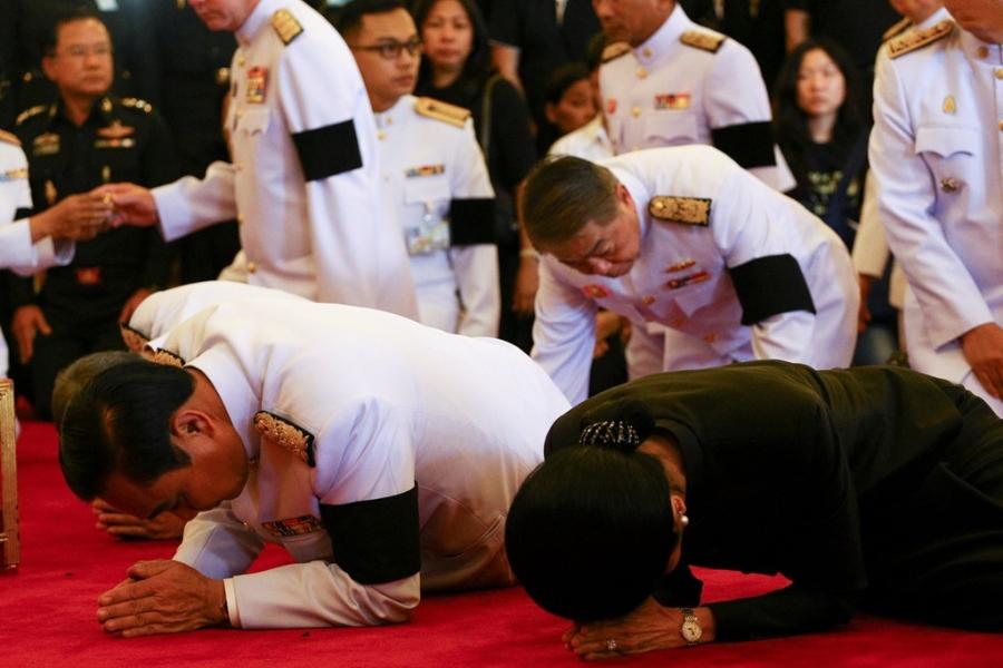 Thu tuong Thai Lan cho don linh cuu cua quoc vuong hinh anh 3