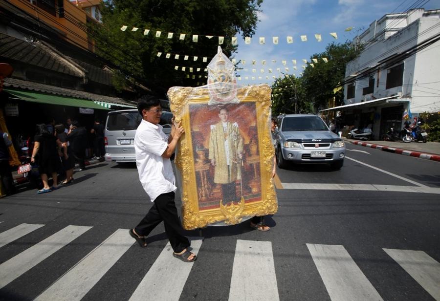 Thu tuong Thai Lan cho don linh cuu cua quoc vuong hinh anh 6