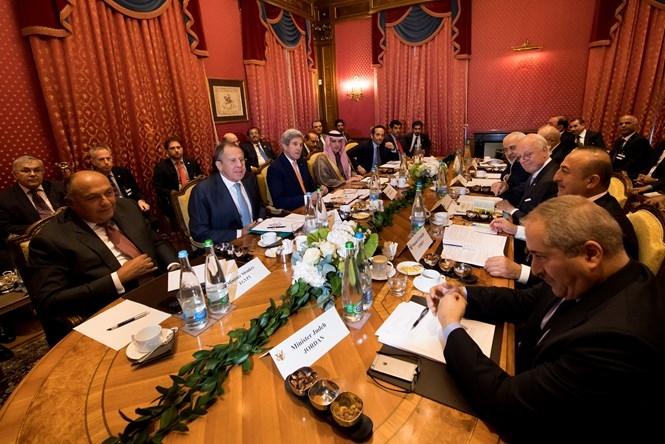 Ngoại trưởng các nước Mỹ, Nga, Iran, Iraq, Ả Rập Xê Út, Thổ Nhĩ Kỳ, Qatar, Jordan và Ai Cập họp bàn về Syria ngày 15.10 /// Reuters