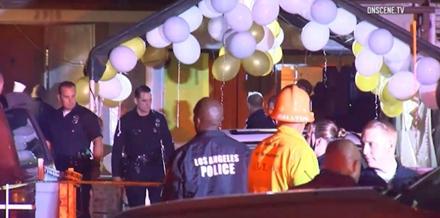 Bên ngoài căn nhà nơi xảy ra vụ đấu súng.