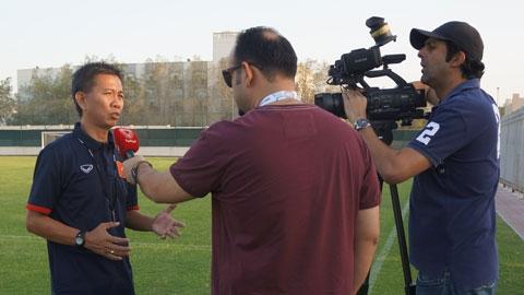 HLV Hoàng Anh Tuấn đánh giá U19 Việt Nam ngang cơ UAE