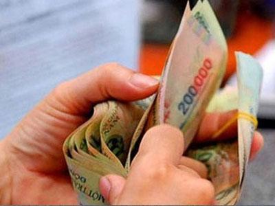 Lương cơ sở có thể tăng lên mức 1,3 triệu đồng một tháng