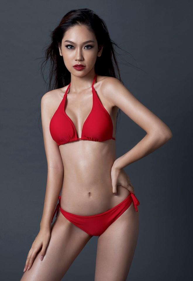 A khoi Phuong Linh cuon hut voi bikini hinh anh 5