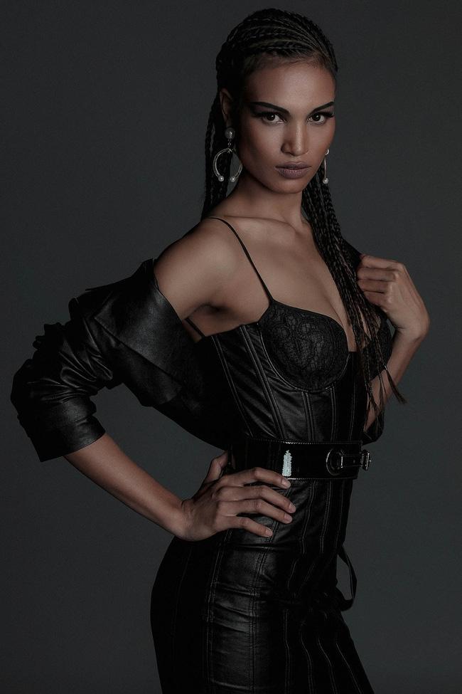 Hoa hậu Mỹ Linh hiền lành giữa dàn mỹ nhân sexy tới bến như Angela Phương Trinh, Mai Ngô, Chi Pu... - Ảnh 13.