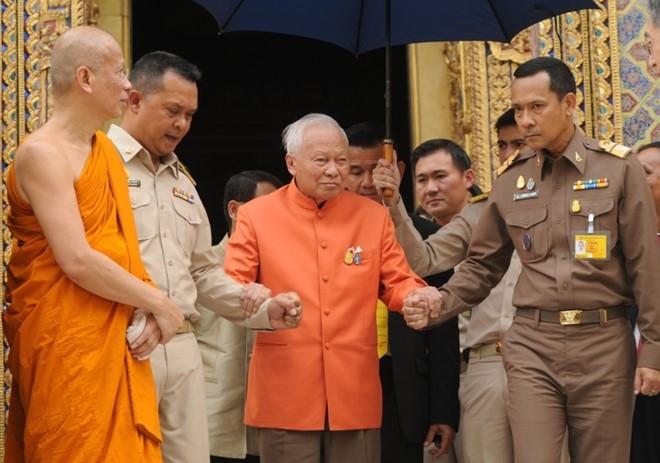 Nha bao Thai: Quan nhiep chinh se som trao quyen cho thai tu hinh anh 1