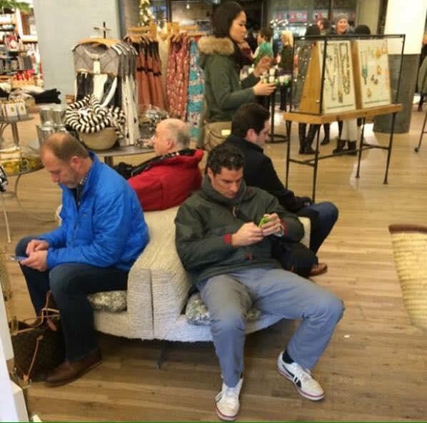 khi đàn ông chờ phụ nữ shopping