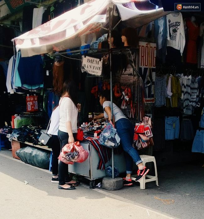 Giật mình: Son cao cấp giá bạc triệu hóa hàng bình dân với giá vài chục nghìn ở khắp Hà Nội - Ảnh 5.