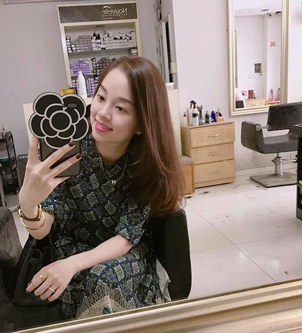 ly-kute-lien-tuc-khoe-anh-selfie-4