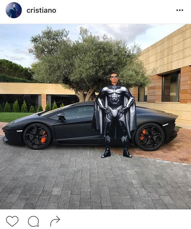 Ronaldo hoa nguoi doi, sieu xayda va tho sua xe hinh anh 3