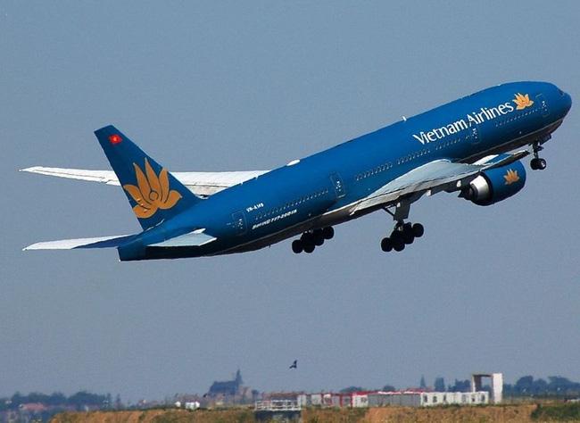 Vietnam Airlines hoãn toàn bộ 14 chuyến bay đi đến Hải Phòng do ảnh hưởng của bão Sarika - Ảnh 1.