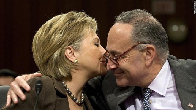 Ba Hillary tu tin tien vao sao huyet cua dang Cong hoa hinh anh 2