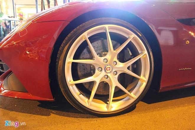 Cuong Do La mua sieu xe Ferrari F12 Berlinetta hinh anh 5