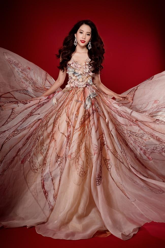 Đại diện Việt Nam - Nam Em đoạt huy chương bạc phần thi tài năng tại Hoa hậu Trái Đất 2016 - Ảnh 3.