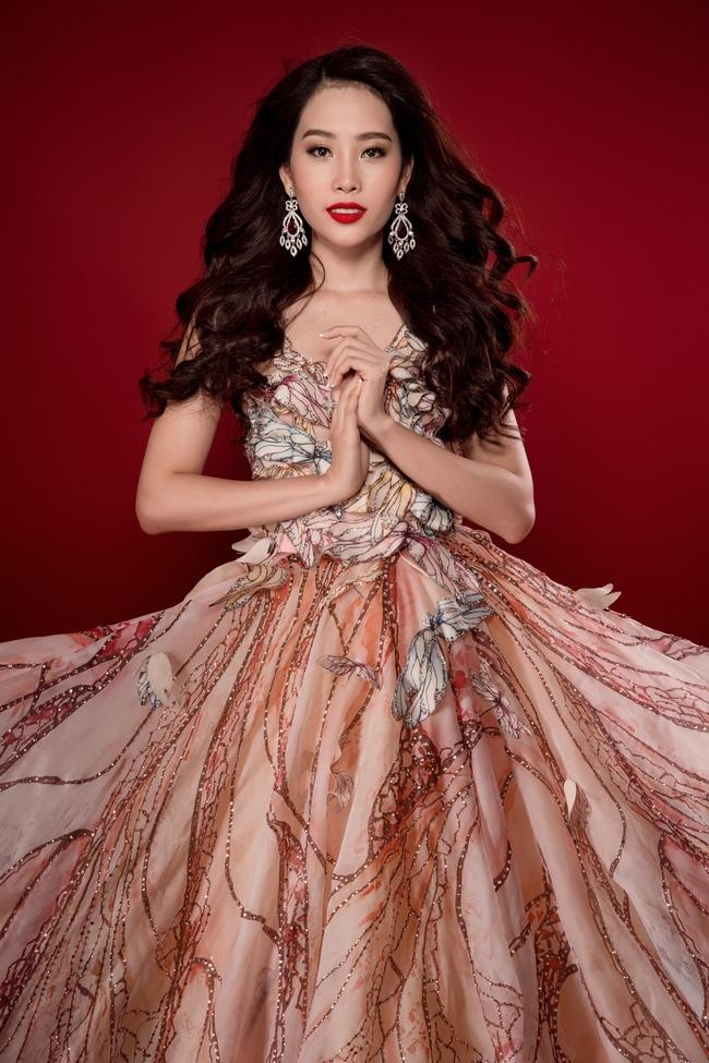 Đại diện Việt Nam - Nam Em đoạt huy chương bạc phần thi tài năng tại Hoa hậu Trái Đất 2016 - Ảnh 4.
