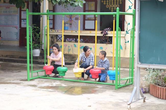 Không chỉ Phan Anh, Hà Hồ mà hàng loạt sao Việt cũng lên đường cứu trợ bà con miền Trung - Ảnh 6.