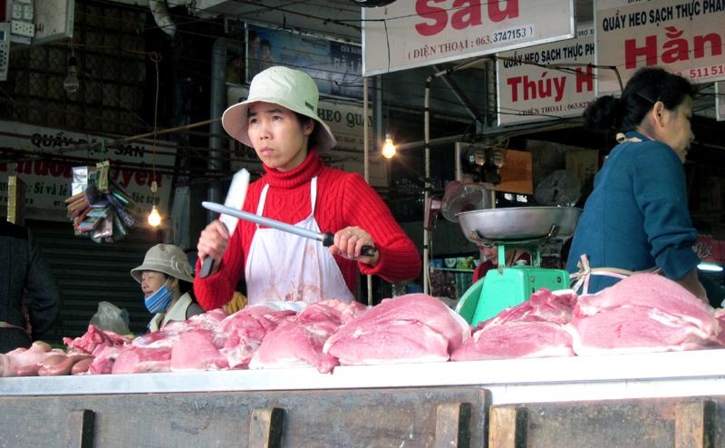 chất tạo nạc, Cysteamine, chất tạo nạc thịt lợn, chất tăng trọng, chất cấm trong chăn nuôi, cho lợn ăn chất cấm, ung thư, salbutamol