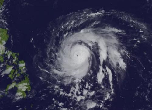 Siêu bão Hải Mã giật trên cấp 17 tiến nhanh vào biển Đông - 1