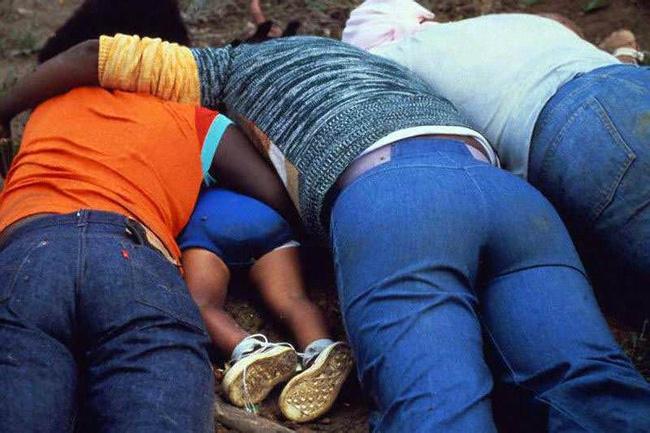 Vụ thảm sát kinh hoàng tại Jonestown: Gần 1,000 người uống thuốc độc, tự sát tập thể - Ảnh 6.
