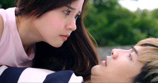 Elly Trần tiếp tục bị tra tấn thê thảm, treo lủng lẳng trong trailer Bí Ẩn Song Sinh - Ảnh 2.