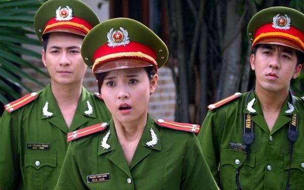 Elly Trần tiếp tục bị tra tấn thê thảm, treo lủng lẳng trong trailer Bí Ẩn Song Sinh - Ảnh 7.