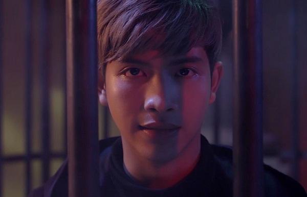 Elly Trần tiếp tục bị tra tấn thê thảm, treo lủng lẳng trong trailer Bí Ẩn Song Sinh - Ảnh 8.