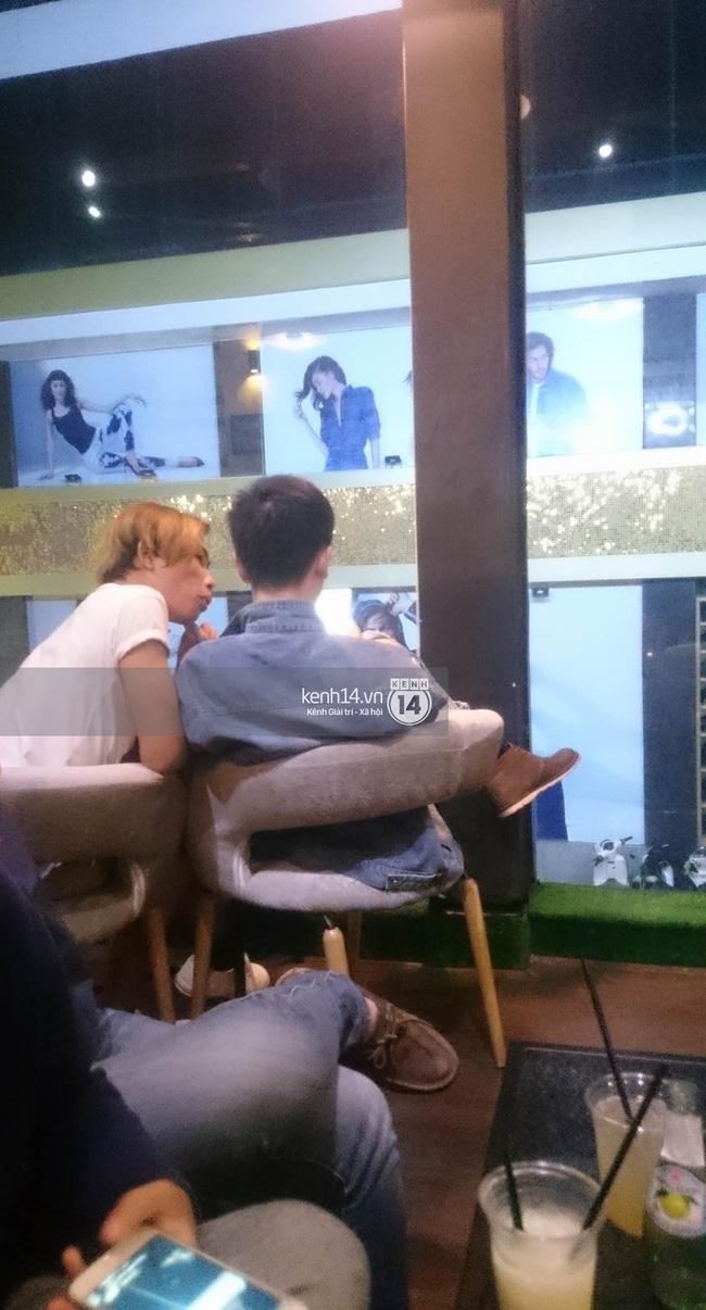 Giữa lùm xùm, Tùng Sơn xuất hiện cùng bạn trai soái ca, thoải mái đi cafe ở Sài Gòn - Ảnh 3.