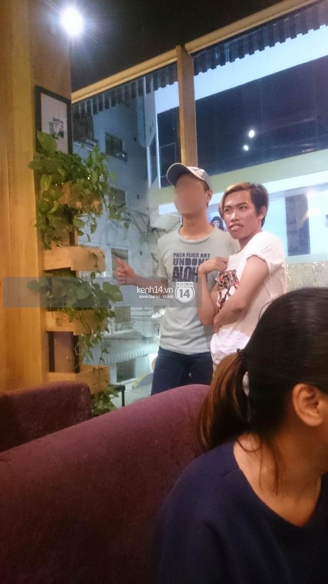 Giữa lùm xùm, Tùng Sơn xuất hiện cùng bạn trai soái ca, thoải mái đi cafe ở Sài Gòn - Ảnh 7.
