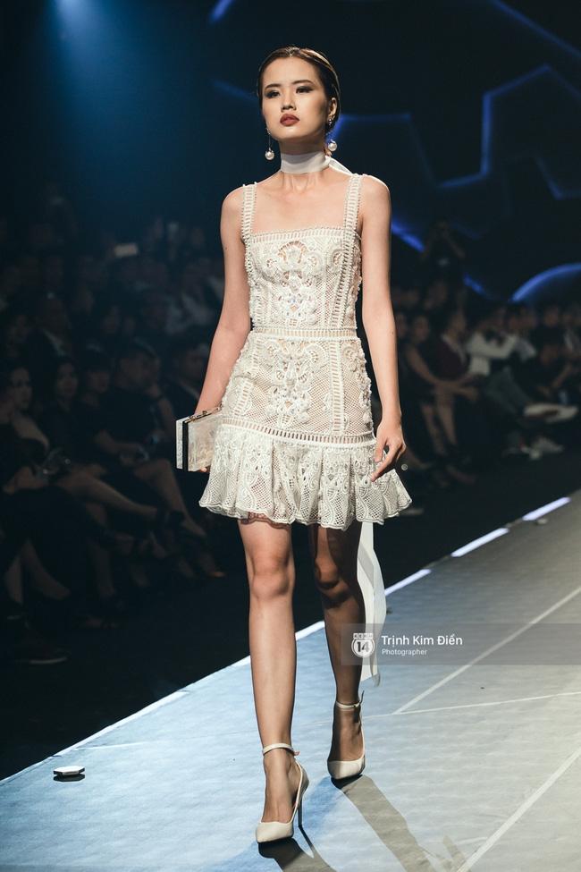 Mai Ngô và Lilly Nguyễn nổi nhất show Chung Thanh Phong vì... chân quá to và ngắn - Ảnh 23.