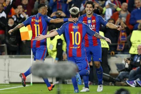 Niềm vui chiến thắng của các cầu thủ Barca