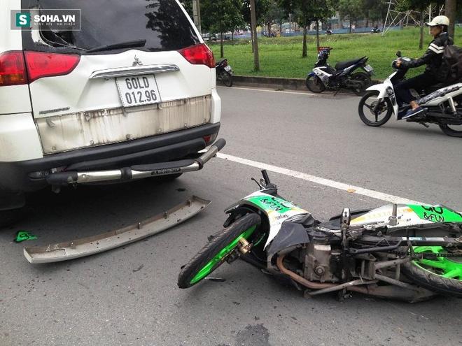 Người bị kéo lê, người đập vào kính xe ô tô trên xa lộ Hà Nội - Ảnh 2.