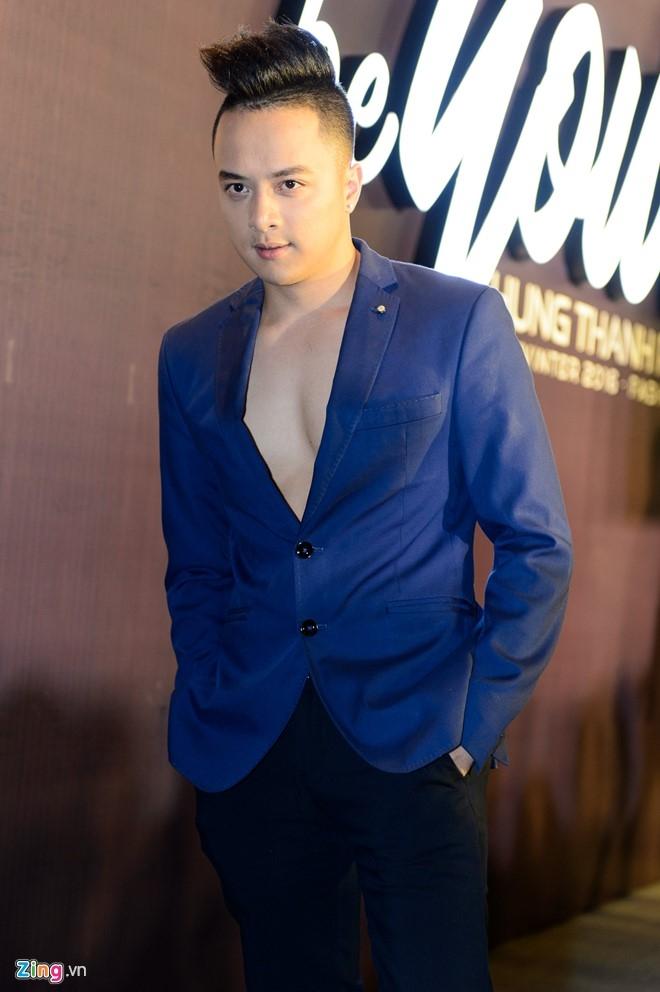 Phuong Trinh duoc ban trai Vo Canh thap tung xem thoi trang hinh anh 10