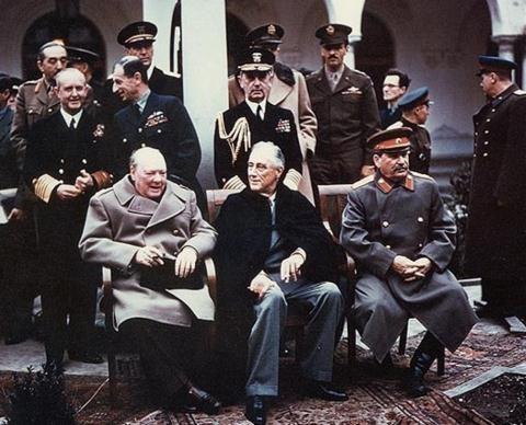 Vi sao chien dich am sat Stalin, Roosevelt va Churchill that bai?