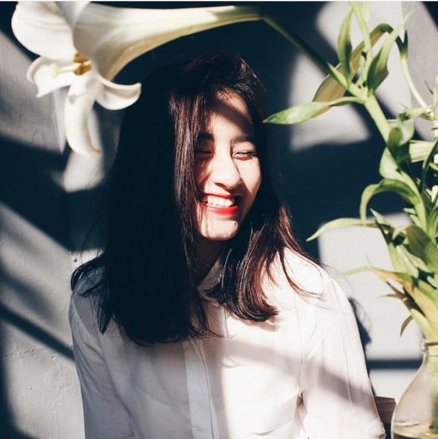 """Đào Việt Nhật Mỹ sở hữu nụ cười """"tỏa nắng"""" thu hút người đối diện và gương mặt lai Tây xinh đẹp."""