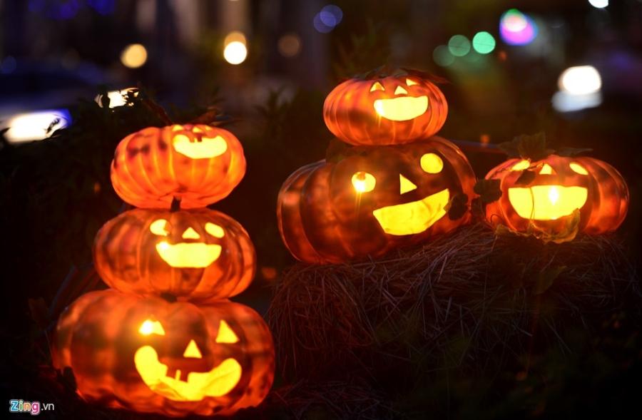 Vuon bi ngo dam chat Halloween o Sai Gon hinh anh 11
