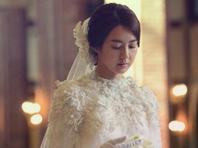 Cô dâu mới nhận cái kết không thể đắng hơn vì thuê trang sức giả làm của hồi môn trong đám cưới