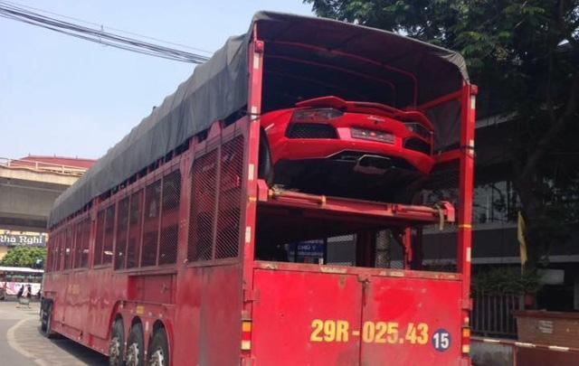 Bộ 3 siêu xe Lamborghini hơn 60 tỷ Đồng Nam tiến - Ảnh 1.