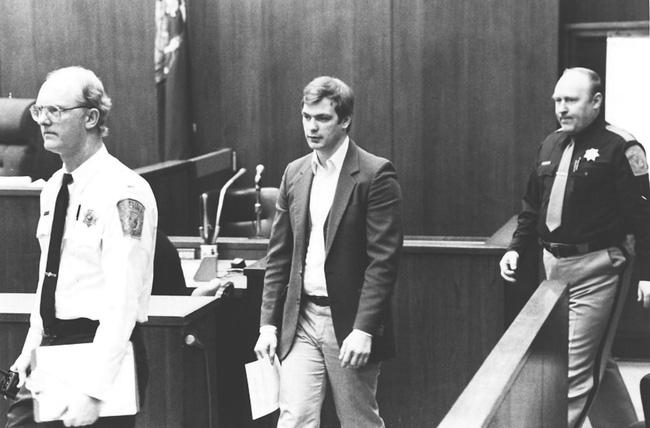 Con quỷ của nước Mỹ: Kẻ sát nhân bệnh hoạn, tra tấn và ăn thịt nạn nhân nhận án 957 năm tù - Ảnh 5.