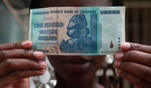 tien-moi-cua-zimbabwe-goi-nho-thoi-lam-phat-500000000000