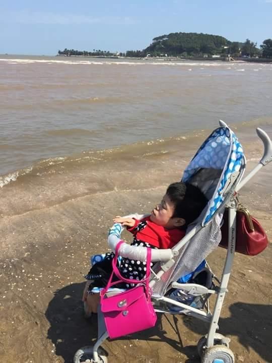 Hành trình kỳ diệu của cô gái 36 tuổi trong hình hài em bé 3 tuổi ở Hải Phòng - Ảnh 2.