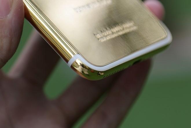 iPhone 7 Plus ma vang gia 180 trieu ve Viet Nam hinh anh 4