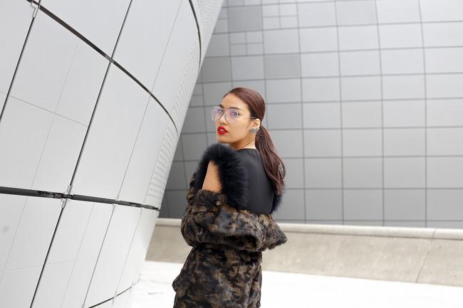 Lan Khuê & Mai Ngô biến thành 2 góa phụ đen trên tại Seoul Fashion Week - Ảnh 9.