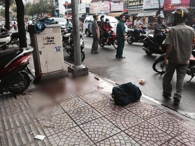 Vụ người đàn ông bị chém gần lìa tay giữa Sài Gòn: Nạn nhân thiếu nợ 30 triệu, 5 tháng chưa trả - Ảnh 1.