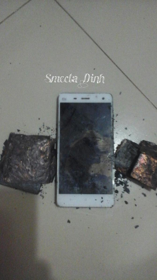 Xiaomi Mi4 phát nổ trong túi quần người dùng Việt ảnh 4