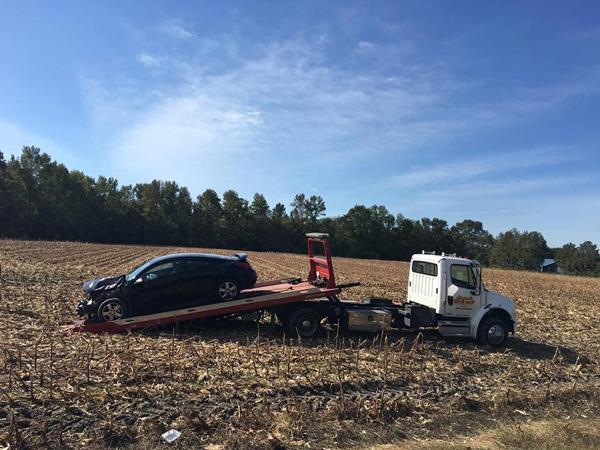 Pha Lê bị tai nạn xe hơi ở Mỹ - 2