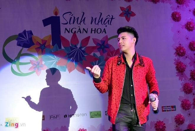 Fan chen lấn đến nghẹt thở để nhìn Noo Phước Thịnh - 6