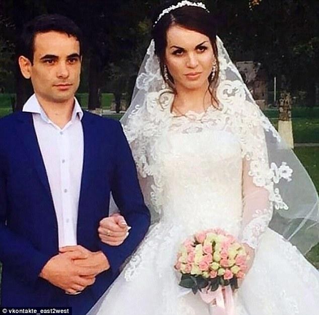 Một phụ nữ chuyển giới bị giết dã man sau đám cưới chỉ vì một câu nói của người cha trên truyền hình